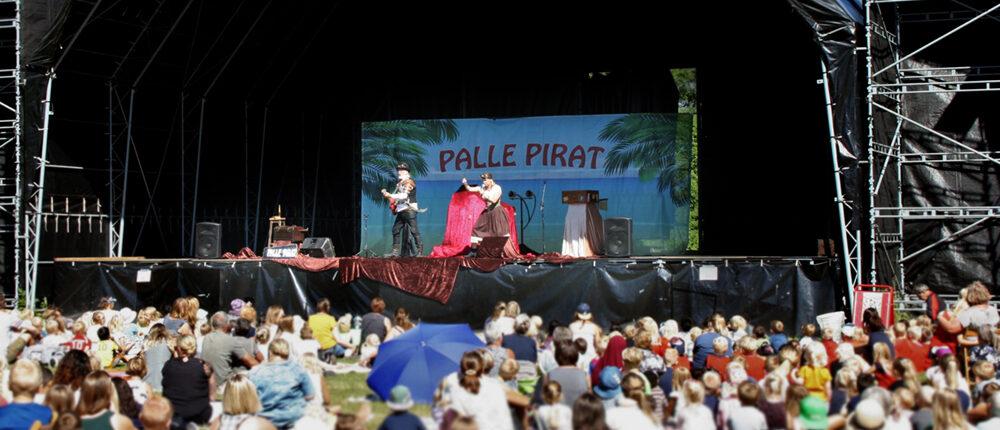 Oplev Palle Pirat Live
